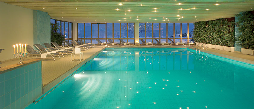 Switzerland_Grindelwald_Hotel_Sunstar_Alpine_indoor_pool.jpg